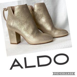 Dominicaa Gold Ankle Boots